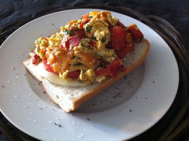 roasted pepper.egg sandwich